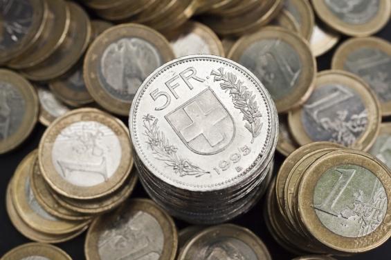 استقرار تداولات اليورو فرنك