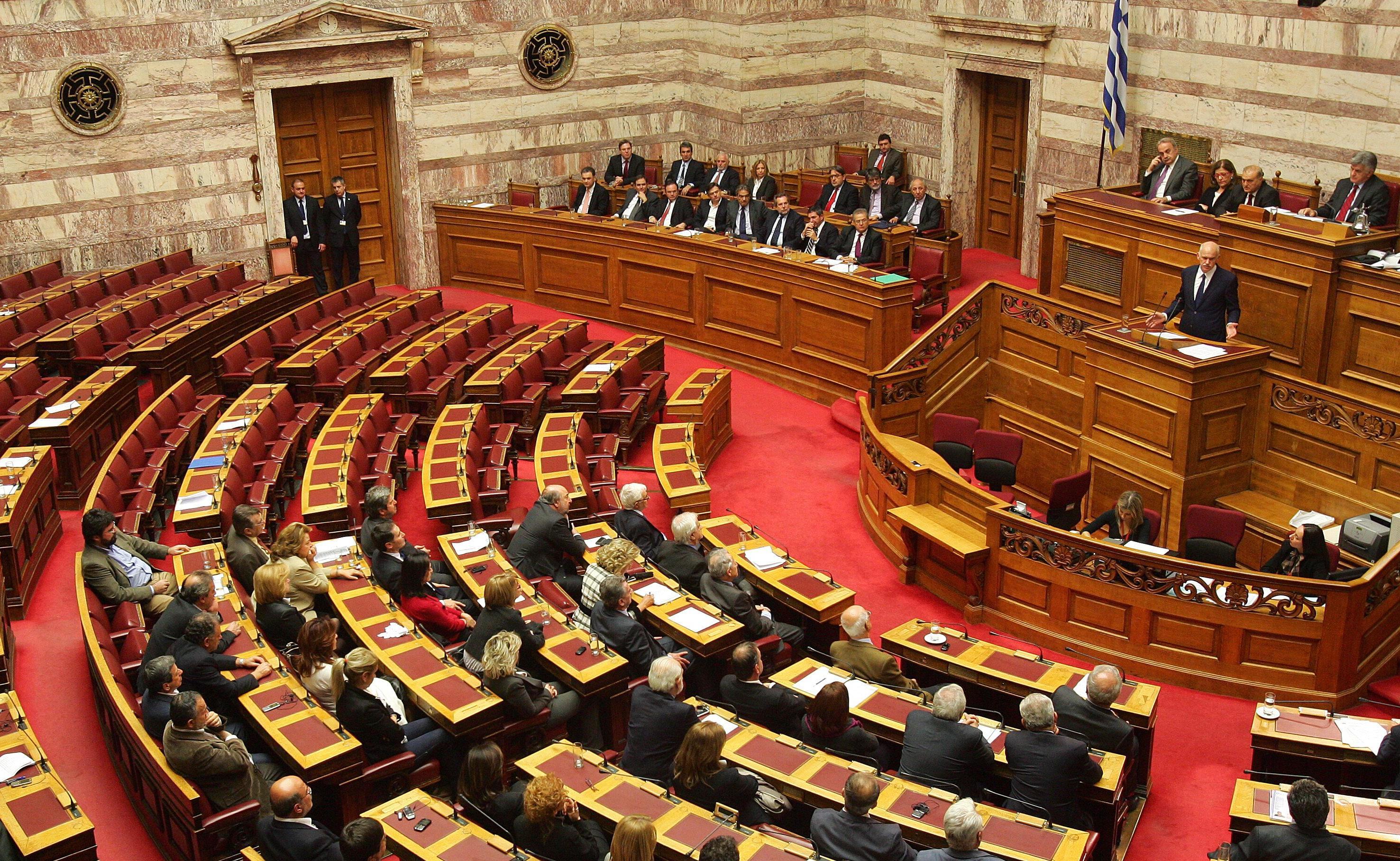 التصويت البرلماني لن يشمل المعاشات التقاعدية ولا الضريبة على المزارعين