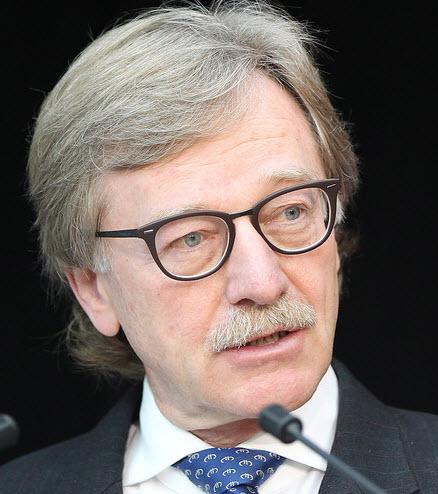 ميرش: لا أرى توقعات سلبية للاقتصاد بعد أحداث باريس