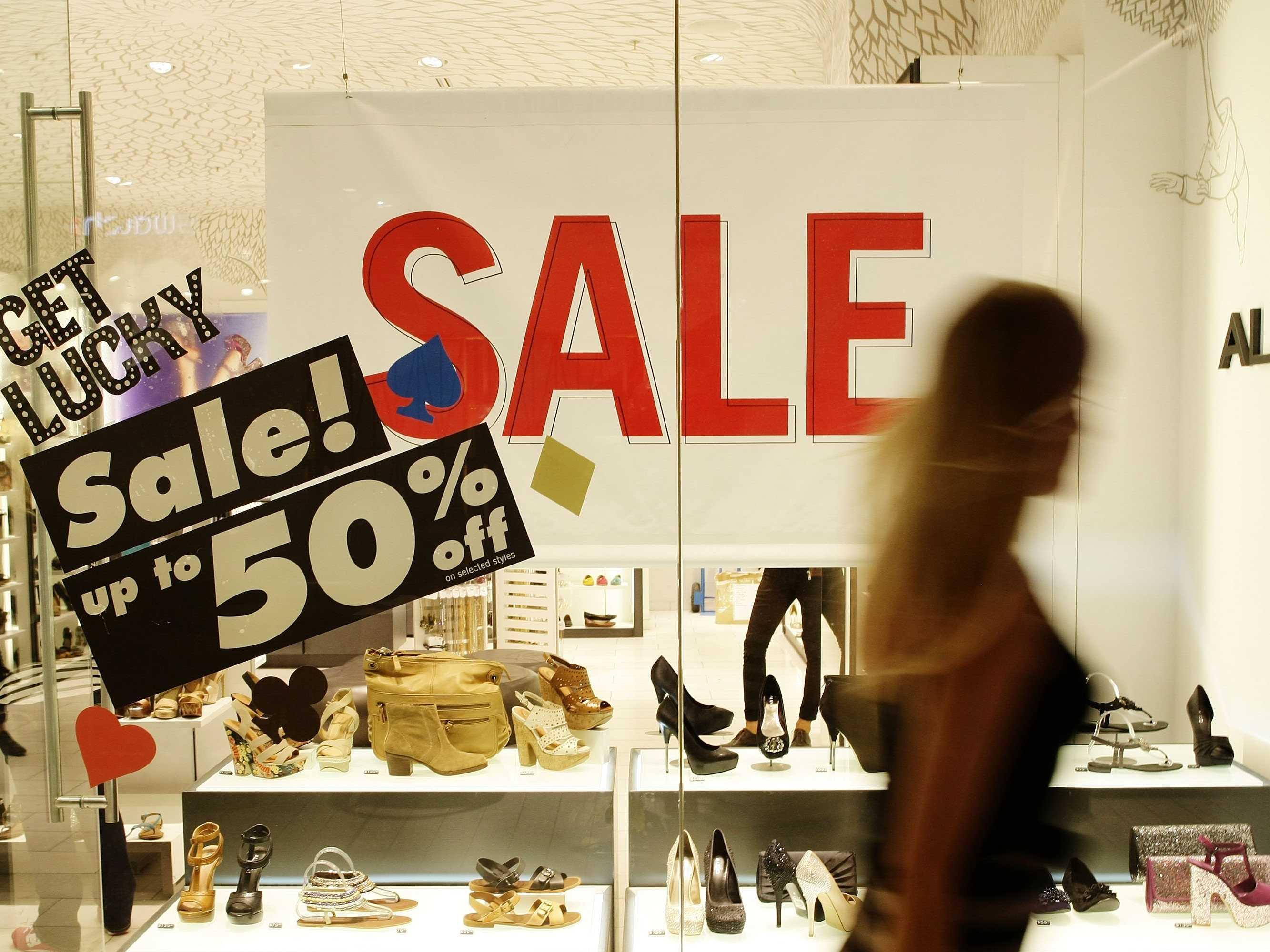مبيعات التجزئة الإيطالية تتخطى التوقعات