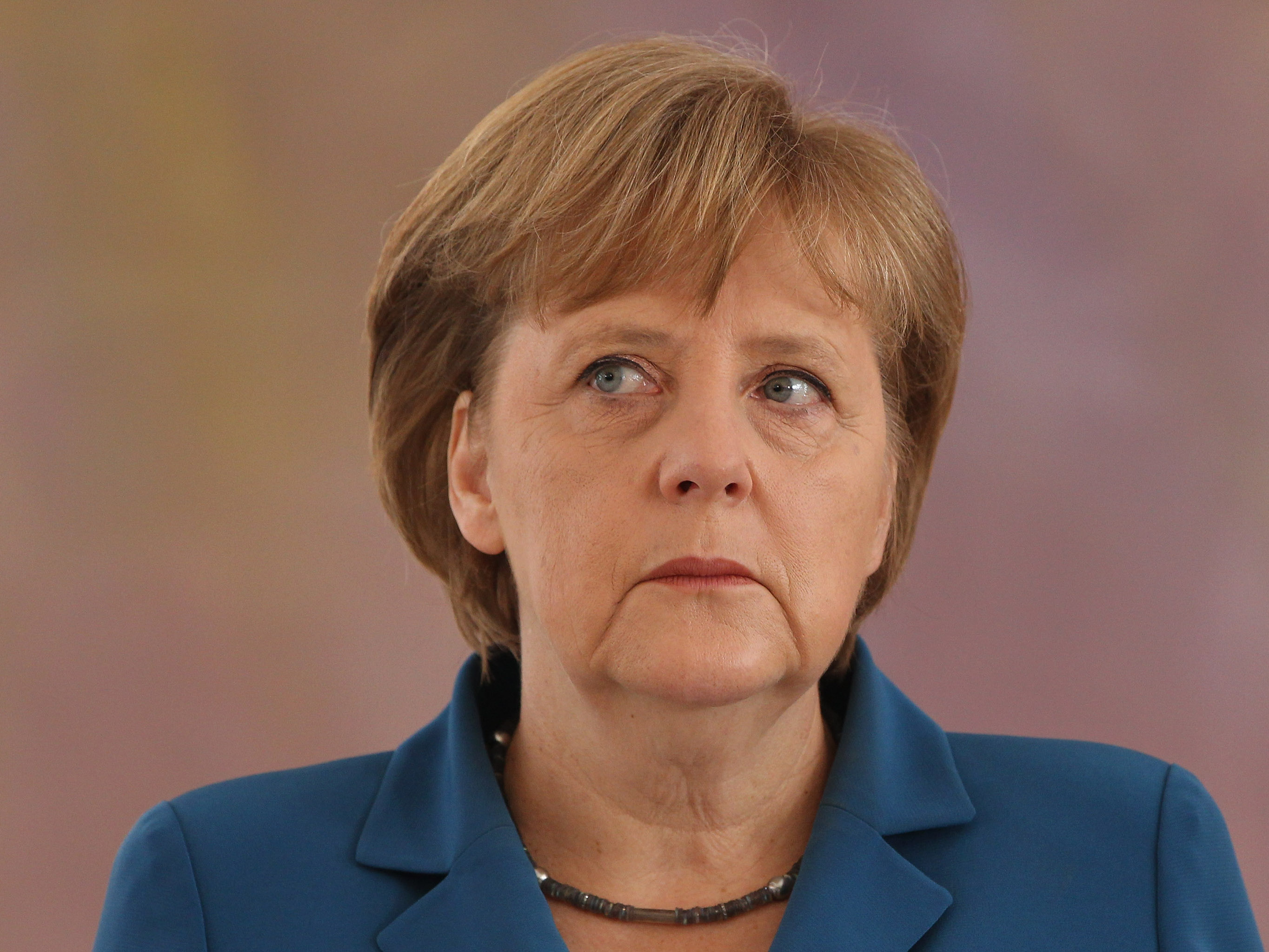 ميركل: على استعداد لاستكمال المفاوضات في حال رغبت اليونان في ذلك