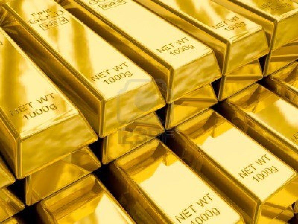 قوة الدولار الأمريكي تدفع الذهب للإنخفاض في بداية التعاملات