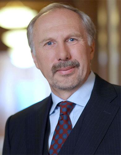 نوفوتني: قد تظهر الحاجة إلى إجراءات تحفيزية مالية في شرق أوروبا