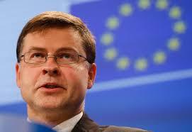دومبروفسكيس: تواجه منطقة اليورو مخاطر انكماشية