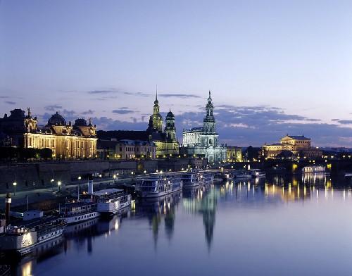 ألمانيا تتوقع استمرار وتيرة النمو الإقتصادي المتسارع في البلاد