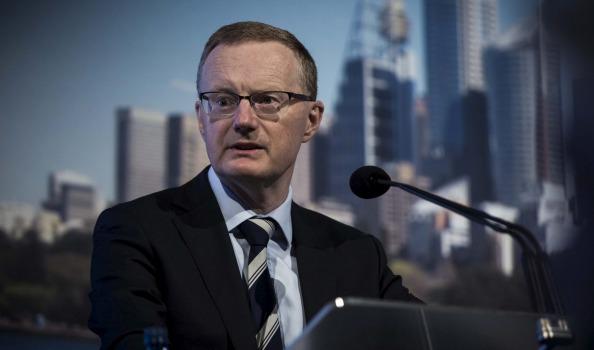 محافظ الاحتياطي الأسترالي يبدي ارتياحه تجاه ارتفاع الدولار الأمريكي