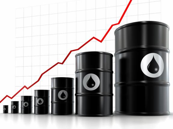 التوترات السياسية تدعم ارتفاع النفط لليوم التاني علي التوالي