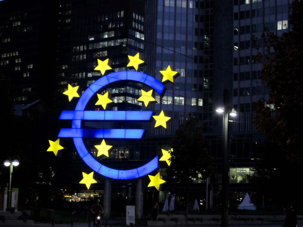 المركزي الأوروبي: المشكلة الرئيسية في إيطاليا هي معدل النمو المنخفض