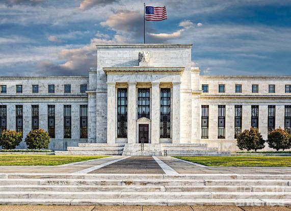 مورجان ستانلي يتوقع انخفاض الفائدة الأمريكية إلى الصفر