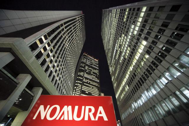 مؤسسة Nomura توضح ثلاثة أسباب لشراء الاسترليني دولار