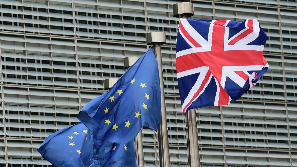 آخر استطلاعات الرأي حول عضوية بريطانيا بالاتحاد الأوروبي