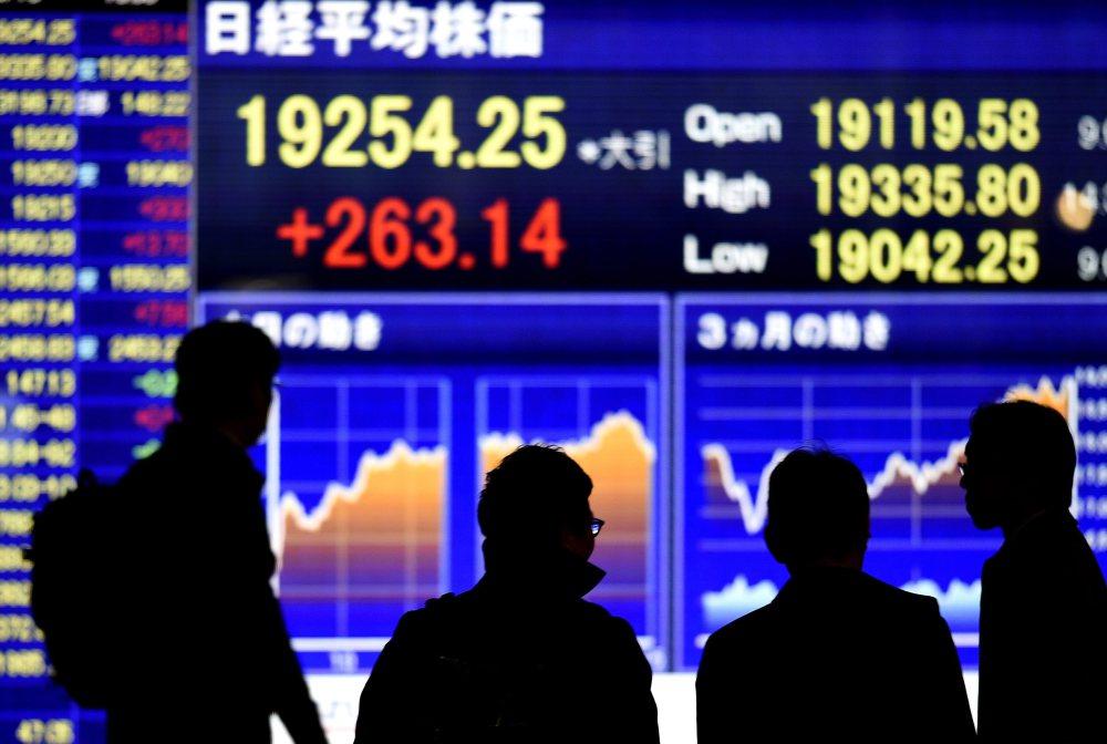 أسواق الأسهم اليابانية تخسر 3% خلال تداولات اليوم والين يواصل ارتفاعه
