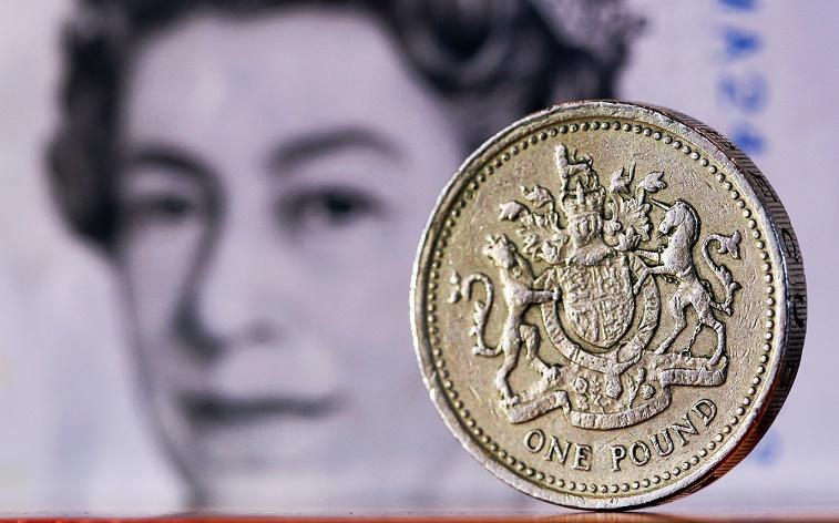 الاسترليني يتراجع بعد بيانات التضخم البريطانية
