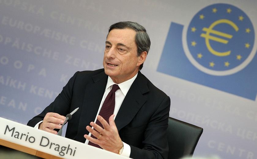 دراجي: الإتفاق مع اليونان يجعلها أكثر قدرة على تحمل عبء الديون
