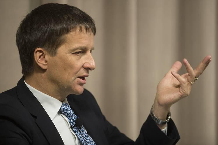 هانسون: قد يتم إجراء بعض التعديلات على السياسة النقدية