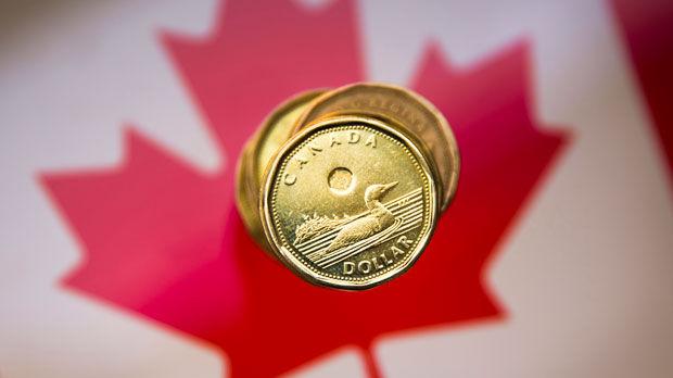الدولار/كندي يسجل أدنى مستوياته على مدار اليوم