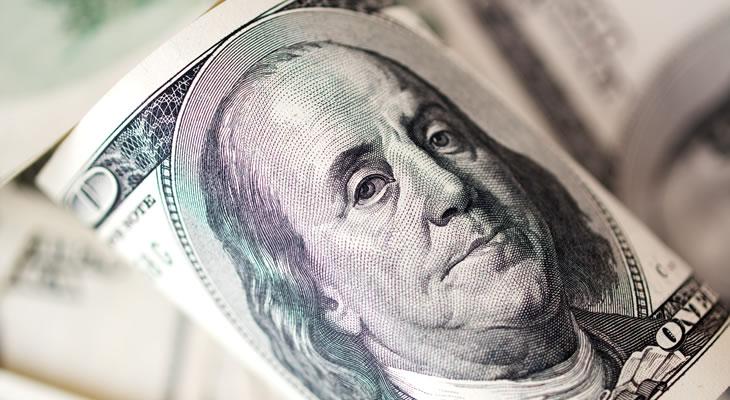 ثلاثة عوامل تتسبب في خسائر الدولار الأمريكي