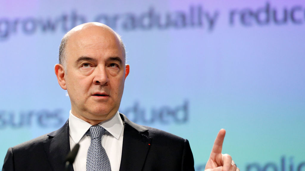 تصريحات المفوض الأوروبي للشؤون الاقتصادية حول مخاطر اندلاع حرب تجارية