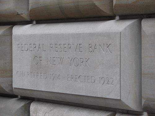الاحتياطي الفيدرالي لولاية نيويورك يخفض توقعات النمو للربع الثاني إلى 1.4%
