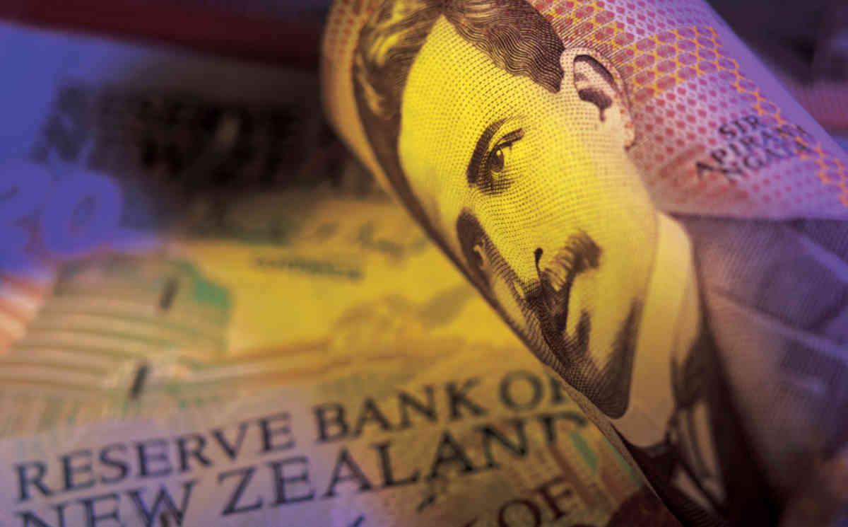 الاحتياطي النيوزلندي يلتزم الحياد والأسواق تنقسم حول مستقبل السياسة النقدية