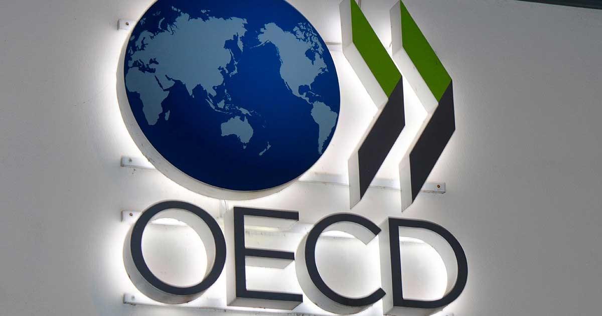 توقعات منظمة التعاون الاقتصادي والتنمية للاقتصاد العالمي