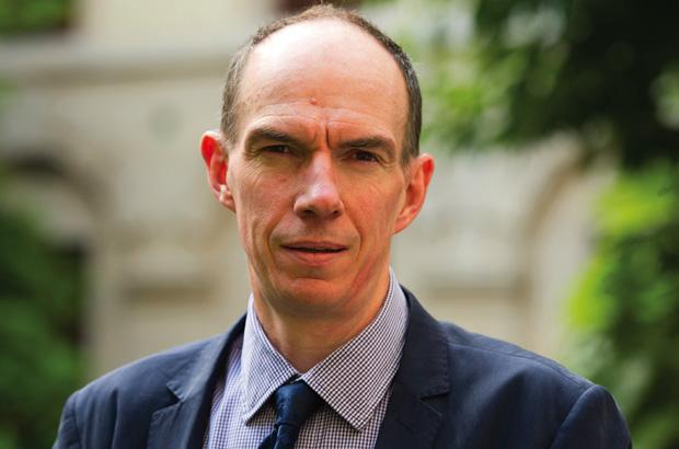 رامسدن، عضو بنك إنجلترا: الحرب التجارية أثقلت على الاستثمارات