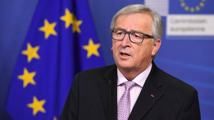 يونكر: إيطاليا لم تلتزم بتعهداتها بشأن الموازنة