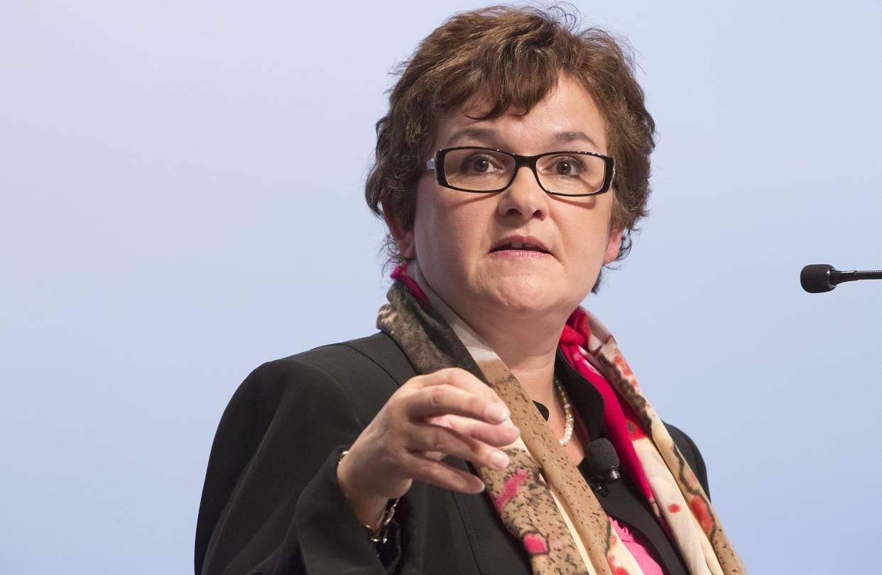 عضو المركزي الأوروبي: مازلت أدعم وبقوة وقف مشتريات السندات بنهاية العام