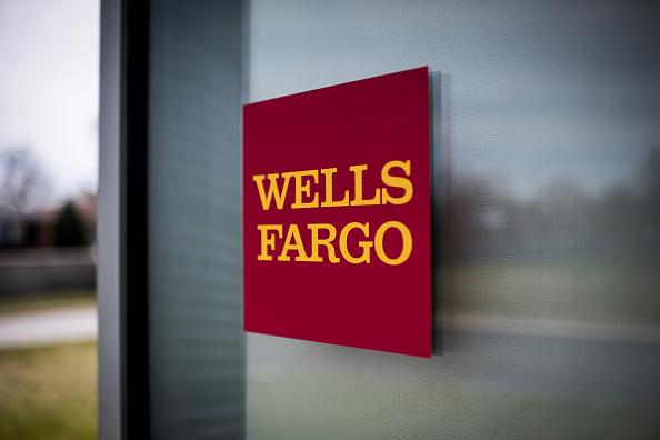تعليق بنك Wells Fargo على بيانات الناتج المحلي الأمريكي