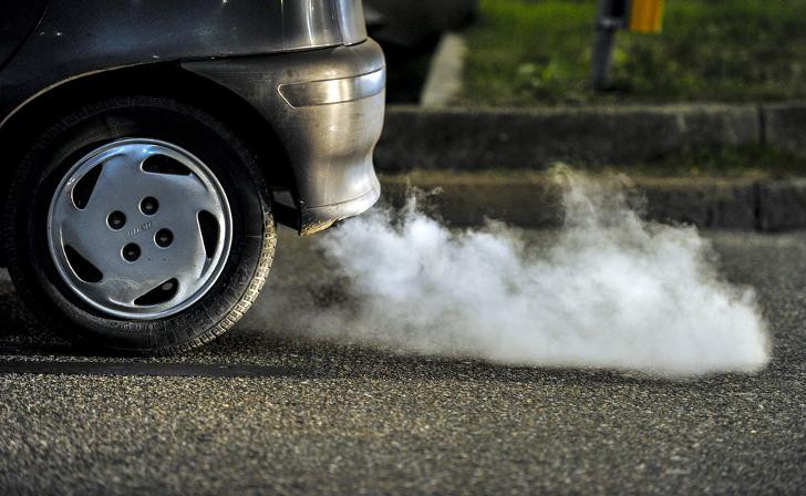 الإدارة الأمريكية تقدم مقترح لتخفيف القيود على انبعاثات السيارات