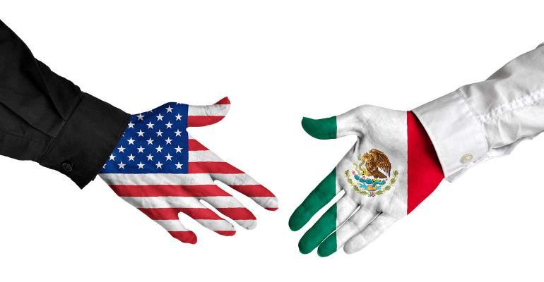 المكسيك: تنفيذ تهديد ترامب بفرض تعريفات جمركية سيكون كارثي
