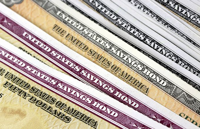 الولايات المتحدة تطرح سندات آجلة لعامين بقيمة 28 مليار دولار