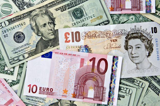 تراجعات مستمرة لليورو بينما ييقى الدولار الأقوى بين العملات اليوم