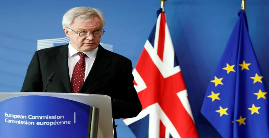 وزير البريكست يستقيل من منصبه