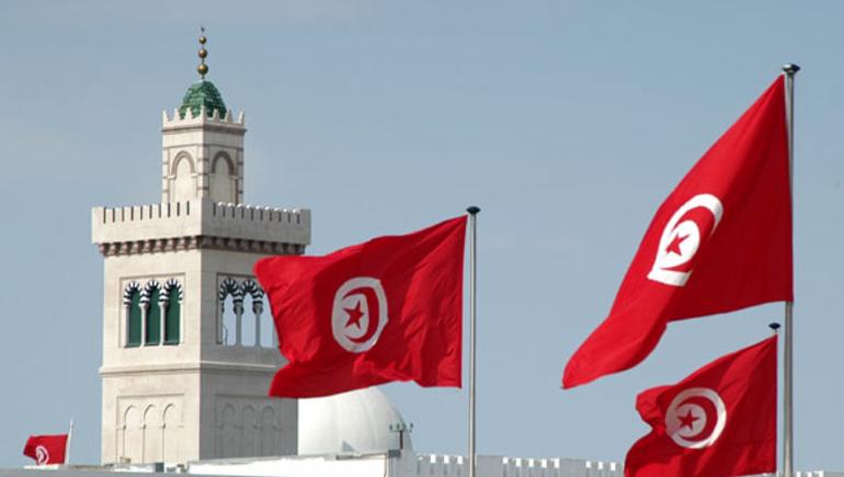 عائدات السياحة بتونس تقفز 40% خلال النصف الأول