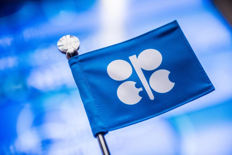 منظمة أوبك تحذر من مخاطر الحرب التجارية على أسواق النفط