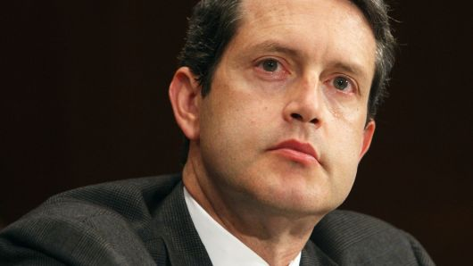 كوارلز: الممارسات الإشرافية للاحتياطي الفيدرالي قد تكون ساهمت في اضطرابات الأسواق