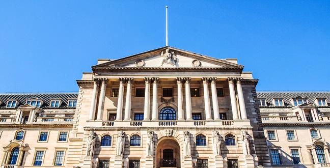 توقعات رفع الفائدة البريطانية في أغسطس تقفز إلى 62% بعد تصريحات كارني