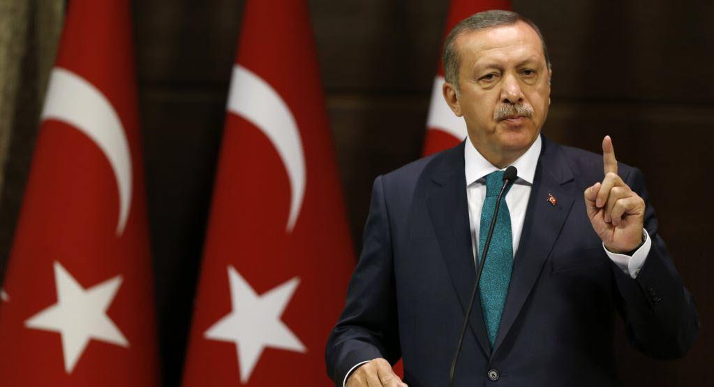 الرئيس التركي يطالب المواطنين بدعم الليرة التركية