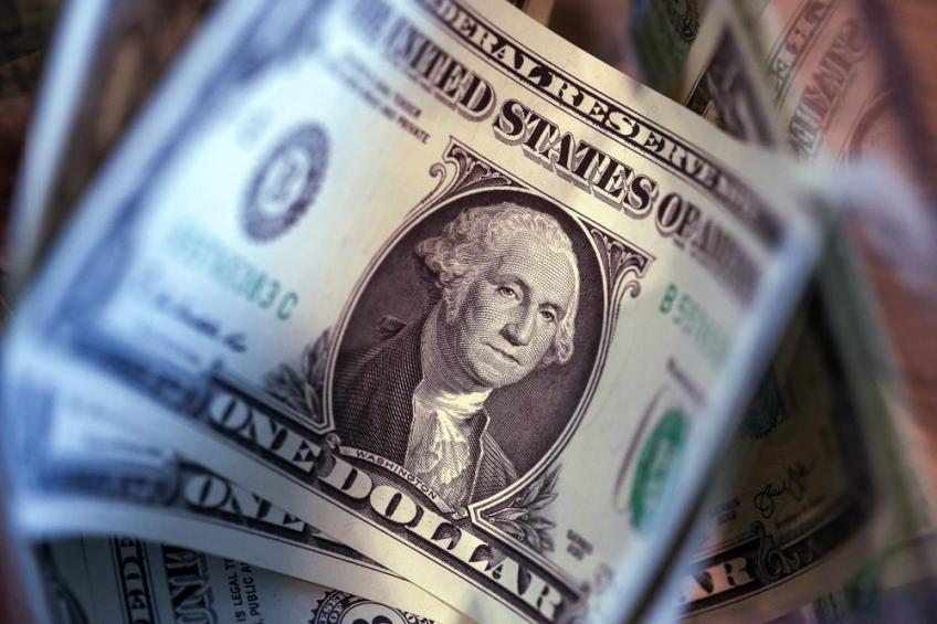 التقرير الإسبوعي: الدولار يستقر عند أعلى مستوياته في انتظار قرارات الفيدرالي