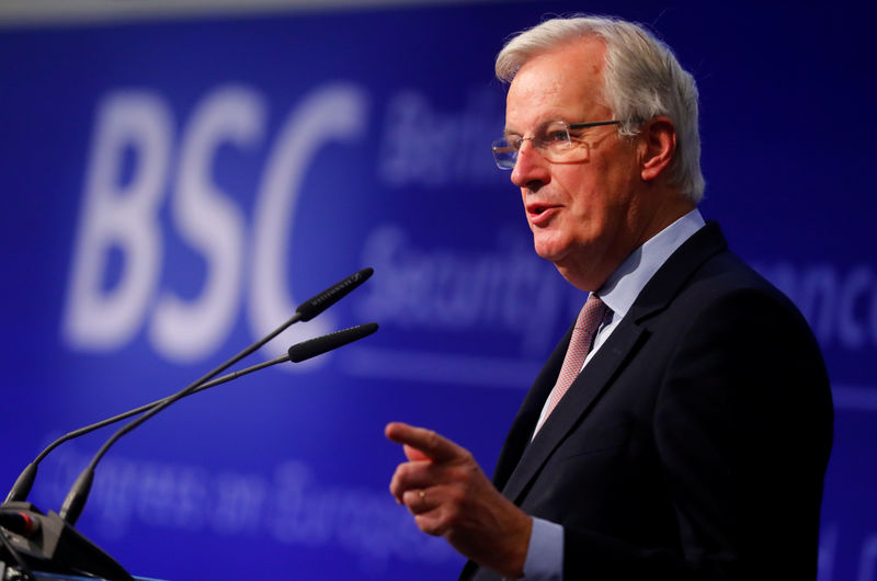 بارنييه يرى احتمالات تعقيد المحادثات التجارية مع بريطانيا