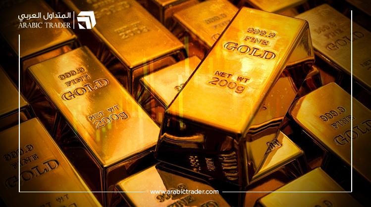 أسعار الذهب تنخفض بالتزامن مع بدء تعافي الدولار الأمريكي