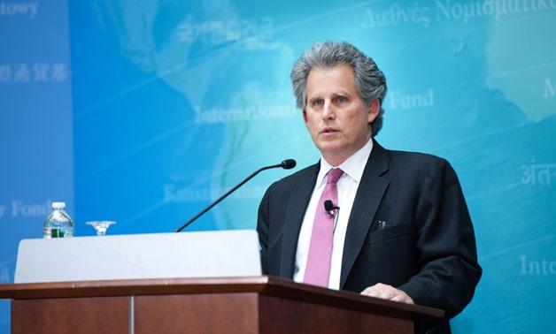 ليبتون رئيس صندوق النقد الدولي الحالي يرى تباطؤ الاقتصاد العالمي