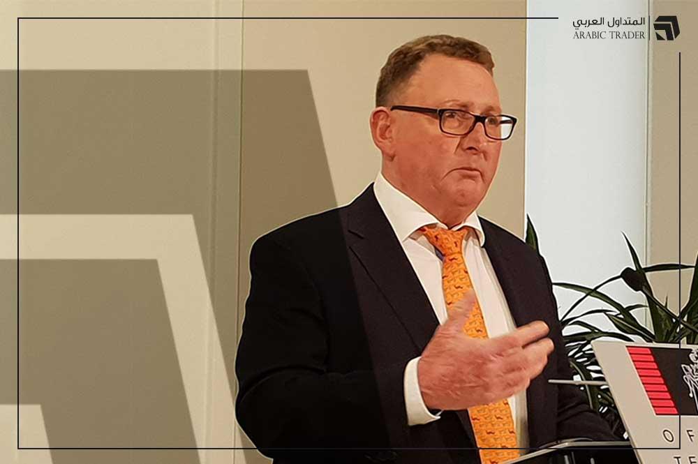 محافظ الاحتياطي النيوزلندي يشير إلى استمرار حالة عدم اليقين
