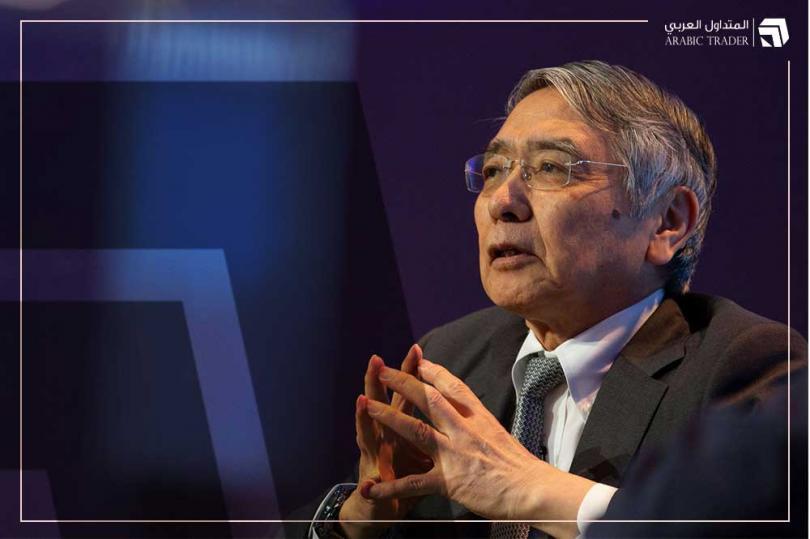 محافظ بنك اليابان يؤكد عدم التردد في تعزيز التيسير النقدي