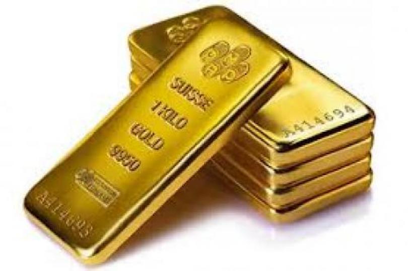 أسعار الذهب تشهد تأرجحًا مقابل الدولار القوي