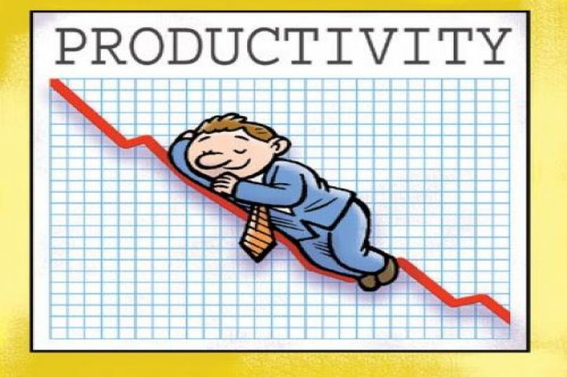 إنتاجية العمالة تشهد تراجعًا في بريطانيا