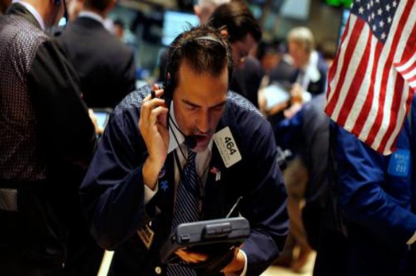 ارتفاع الأسهم الأمريكية عقب تباين البيانات الاقتصادية