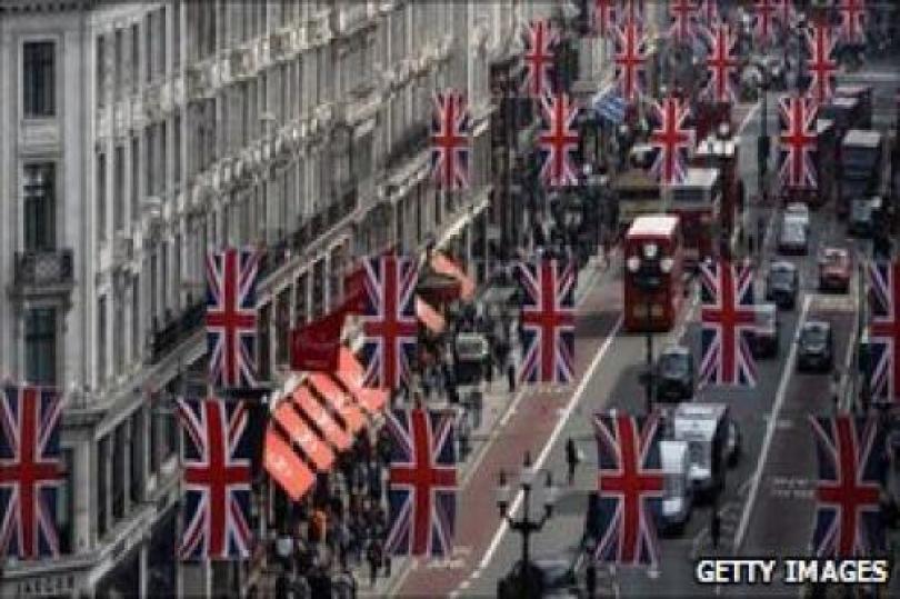 انتعاش مبيعات التجزئة في بريطانيا خلال شهر أبريل