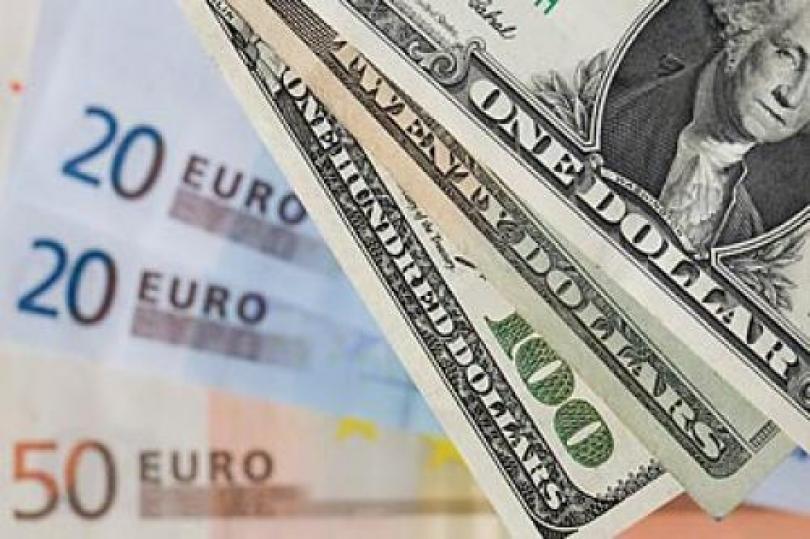 زوج اليورو – دولار يرتفع قبيل البيانات الأمريكية